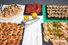 开胃菜和手指食物特写镜头 库存图片