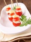 开胃菜干酪蕃茄 库存图片