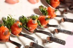 开胃菜熏制鲑鱼和奶油 免版税图库摄影