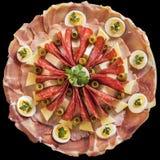 开胃菜美味盘在黑背景隔绝的Meze 免版税图库摄影