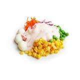开胃菜食物,与草莓酸奶调味汁isola的健康沙拉 免版税库存照片