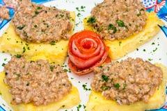 开胃菜bruschetta mais混合海鲜 免版税库存照片