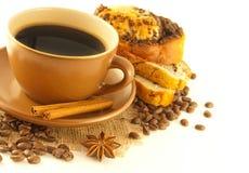 开胃蛋糕咖啡杯 免版税库存图片