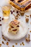 开胃酸奶干酪饼用葡萄干 库存图片