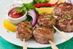 开胃kofta kebab丸子用调味汁 库存图片