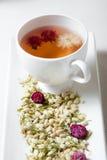 开花的茶和干燥花 免版税库存图片