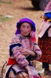 开花的hmong妇女 免版税库存照片