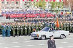 开头军事游行的俄国仪式在每年胜者的 免版税图库摄影