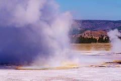 从开水和硫磺的蒸汽 免版税库存图片