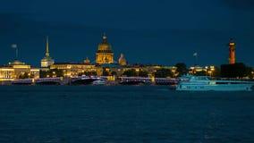 开头宫殿桥梁夜在圣彼德堡 影视素材