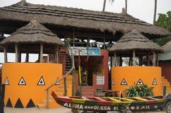 异乎寻常的热带非酒精水果鸡尾酒酒吧 图库摄影