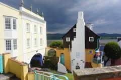 异常的建筑学在Portmeirion在北部威尔士 库存图片