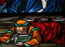 异端-彩色玻璃在梅赫伦大教堂里 库存照片