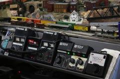 式样火车的电子控制 免版税库存图片