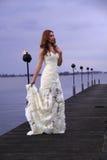 白色婚礼礼服 免版税图库摄影