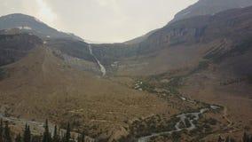 弓冰川秋天,班夫国家公园,亚伯大,加拿大 股票录像