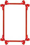 弓框架红色丝带 免版税库存照片