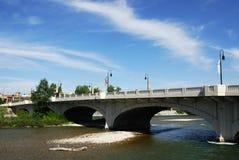 弓桥梁卡尔加里河 库存照片