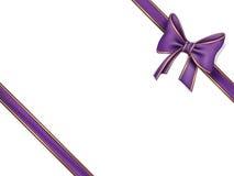 弓紫色丝带 库存图片