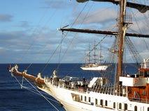 弓船 库存图片