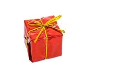 弓配件箱礼品金子红色 免版税库存图片