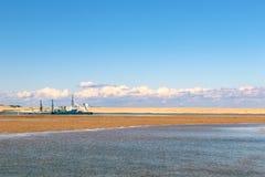引导在新南威尔斯中央海岸的清疏的驳船  图库摄影