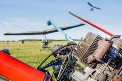 引擎动力化的hangglider 库存照片