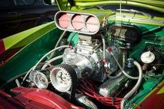 引擎旧车改装的高速马力汽车 库存图片
