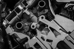 引擎机制在一辆现代汽车的 图库摄影