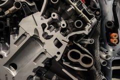 引擎机制在一辆现代汽车的 库存照片