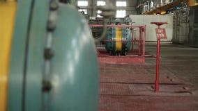 引擎的苏联机械工厂生产 场面 老苏联工厂用设备 股票录像