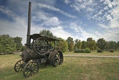 引擎老蒸汽拖拉机 免版税图库摄影