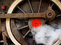 引擎老蒸汽轮子 免版税库存照片
