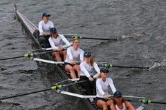 弗吉尼亚大学划船在查尔斯赛船会妇女的冠军Eights头赛跑  免版税库存图片