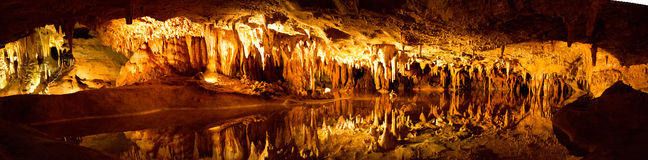 弗吉尼亚Luray洞穴的全景 免版税库存照片