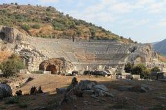以弗所古城的古董废墟的圆形露天剧场在Selcuk,土耳其 免版税库存图片