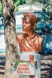 弗拉基米尔杜比宁1930-1942 儿童在Ch的英雄纪念碑 库存照片