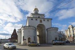 弗拉基米尔,俄罗斯-05 11 2015年 金黄的门 库存照片