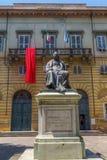 弗朗切斯科卡拉拉雕象在卢卡,意大利 免版税库存照片