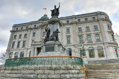 弗朗索瓦de拉瓦尔纪念碑-魁北克市 免版税库存照片