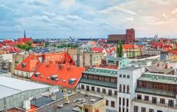"""弗罗茨瓦夫现代和老历史大厦â€空中都市风景""""视图  库存图片"""