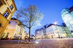 弗罗茨瓦夫,波兰在西里西亚地区。集市广场在晚上 免版税库存图片