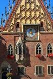 弗罗茨瓦夫,波兰- 2016年9月12日:历史市政厅在弗罗茨瓦夫,更低的西里西亚的首都 库存图片