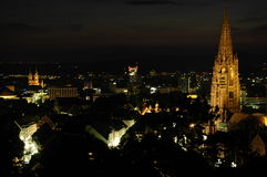 弗莱堡在德国在晚上 免版税库存图片