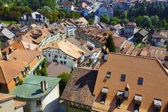 弗里堡屋顶在瑞士 库存图片