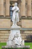 弗里德里希・席勒纪念碑在威斯巴登,德国 免版税库存照片