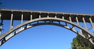 弗雷德里克W Panhorst桥梁,通常叫作俄国谷桥梁在门多西诺郡,加利福尼亚美国 免版税库存图片