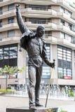 弗雷迪・默丘里雕象 免版税库存图片