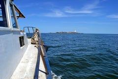弗洛勒斯海岛,从小船 免版税库存照片