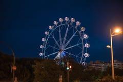 弗累斯大转轮在晚上在巴伦西亚西班牙 免版税图库摄影